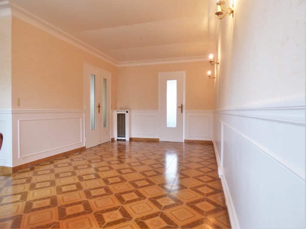 immobilier 94: appartement 3 pièces 66 m², grand séjour lumineux avec belle hauteur sous plafond