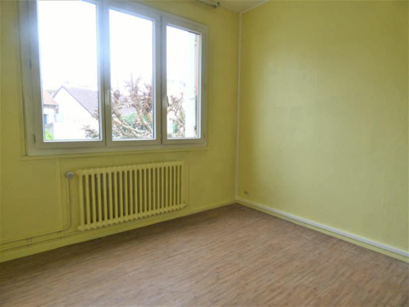 agence immobiliere 94: appartement 3 pièces 66 m², second chambre avec vue dégagée