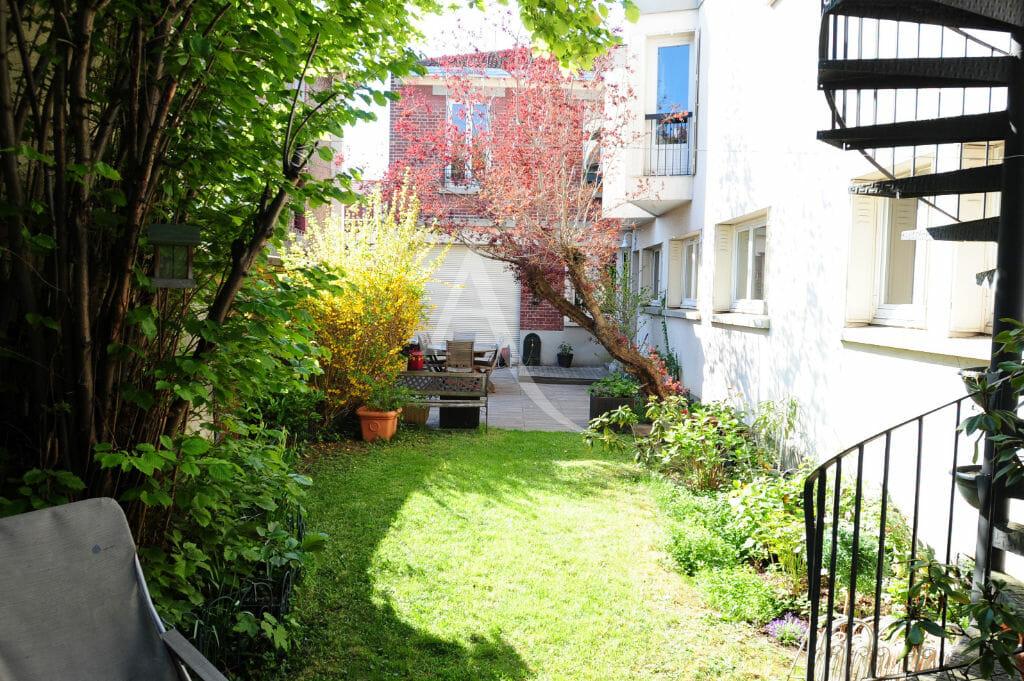 agence immo alfortville: 8 pièces 218 m² avec terrasse, jardin 347 m² et garage