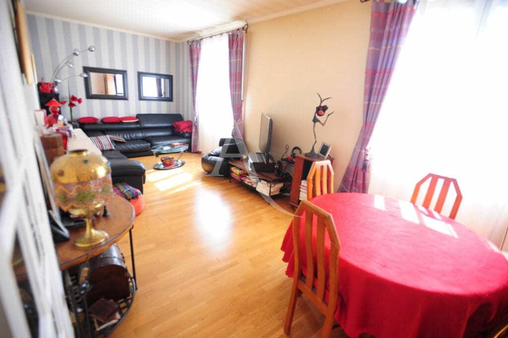 immobilier alfortville: maison 8 pièces 218 m², séjour au premier étage