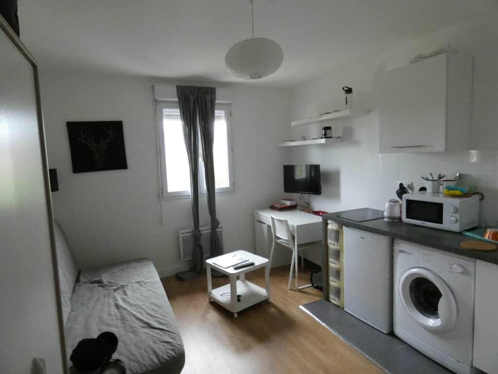 agence immobiliere maisons-alfort: studio 16 m² entièrement meublé avec coin cuisine aménagée et équipée