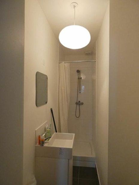 immobilier a louer: studio 16 m² à maisons-afort, salle de bain avec douche et wc