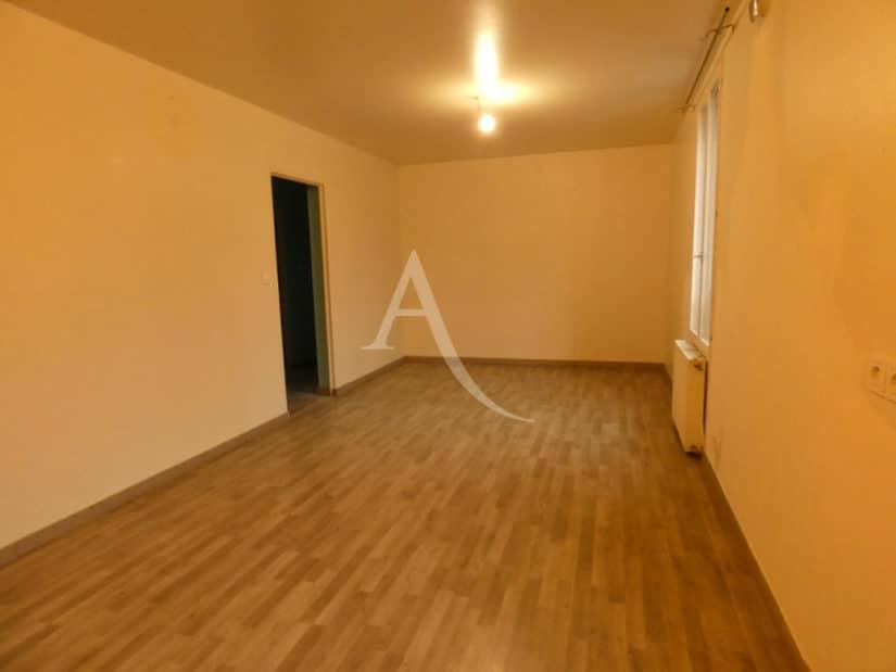 louer appartement alfortville: 3 pièces 58 m², pièce à vivre lumineuse