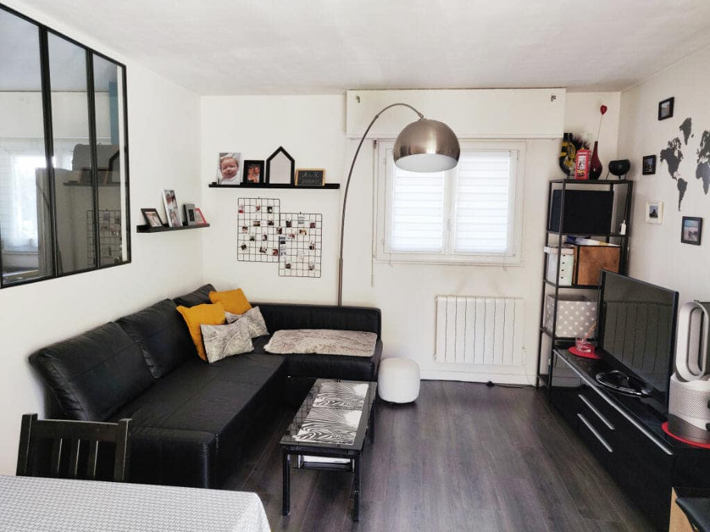 achat appartement maisons alfort: 2 pièces 49 m², séjour avec parquet brun au sol