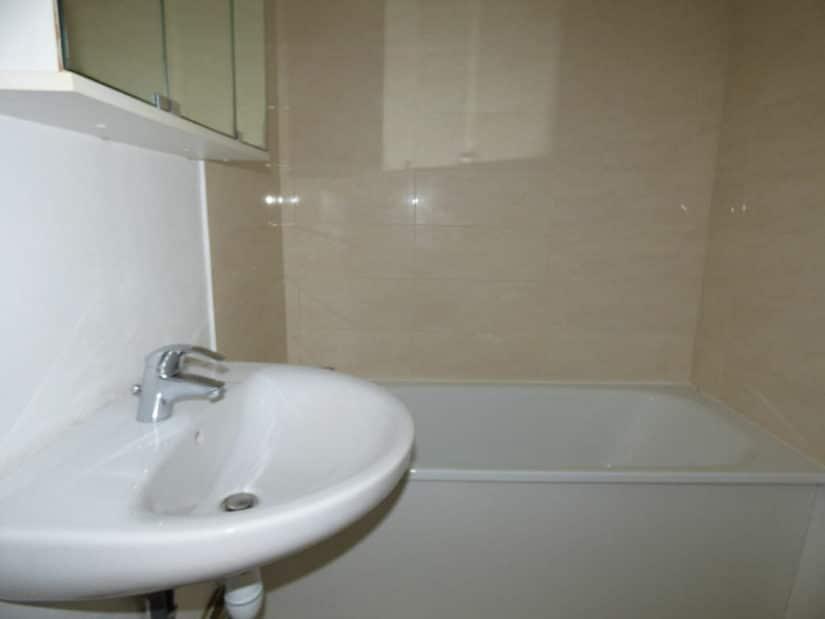 location maisons alfort: 4 pièces, salle de bain avec baignoire, parfait état