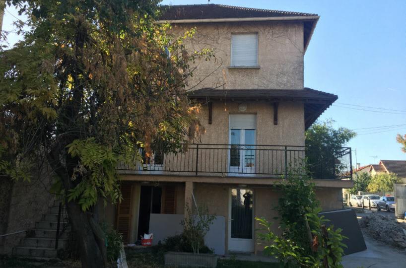 immo maisons alfort: au rez de chaussée d'une maison, studio à louer, proche centre ville
