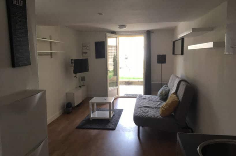 location maisons alfort: studio 21 m², pièce principal avec entrée par le jardin