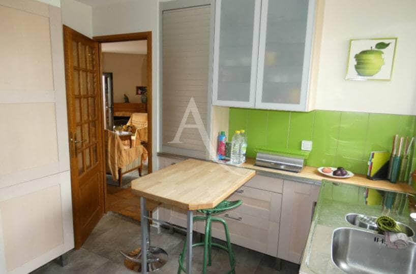 vendre maison alfortville - 6 pièces, 125 m² - cuisine équipée avec arrière cuisine