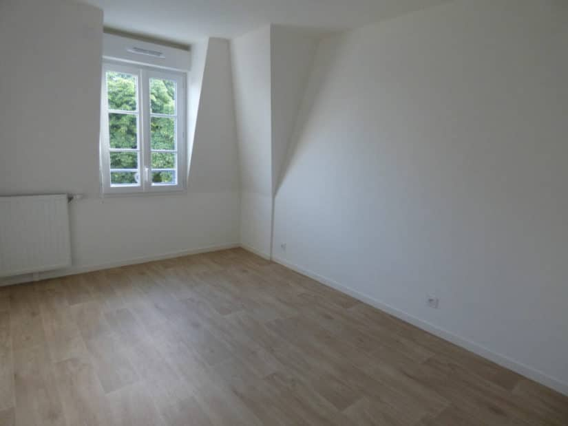 agence de location appartement: à louer 3 pièces 53 m², chambre à coucher, parquet au sol