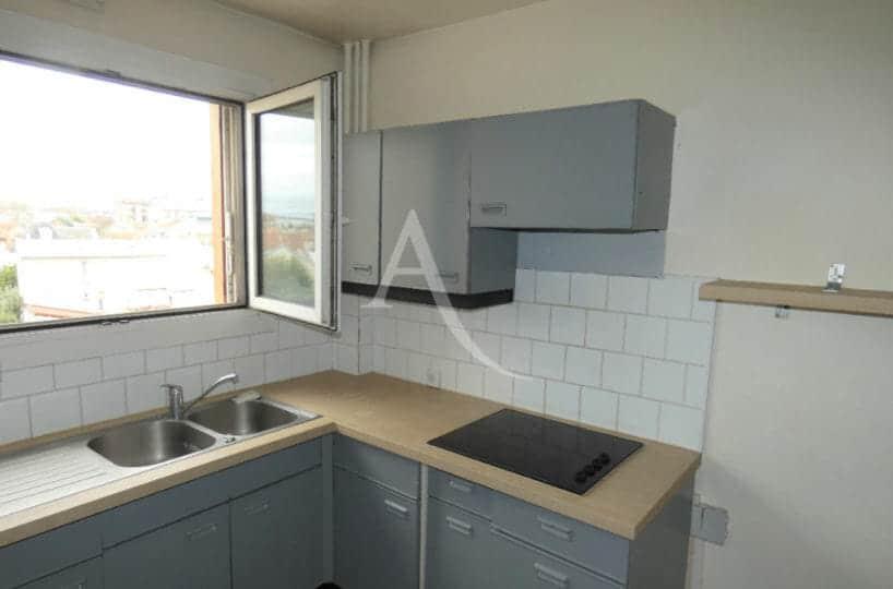 achat appartement alfortville: 3 pièces, cuisine indépendante, équipée de plaques de cuisson et rangements