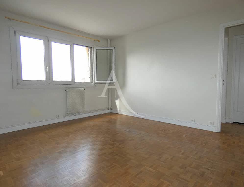 appartement à vendre à alfortville: 3 pièces 56 m², séjour lumineux, fenêtre 3 vantaux double vitrage
