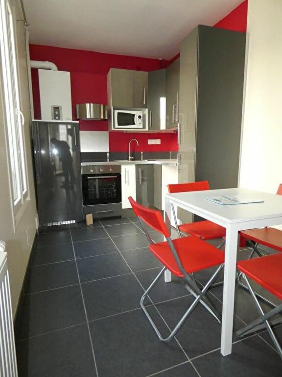 location par agence alfortville - maison 3 pièces 41 m² - cuisine aménagée et équipée
