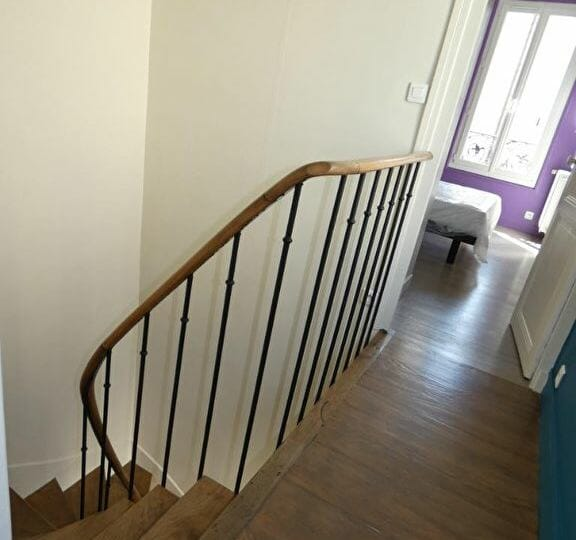 agence location immobiliere - maison 3 pièces 41 m² - escalier accès chambres