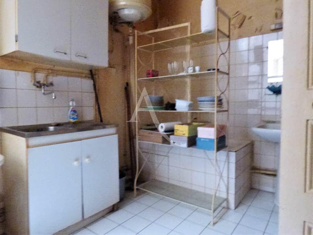 estimation appartement gratuite: 22 m², cuisine et salle d'eau travaux à prévoir
