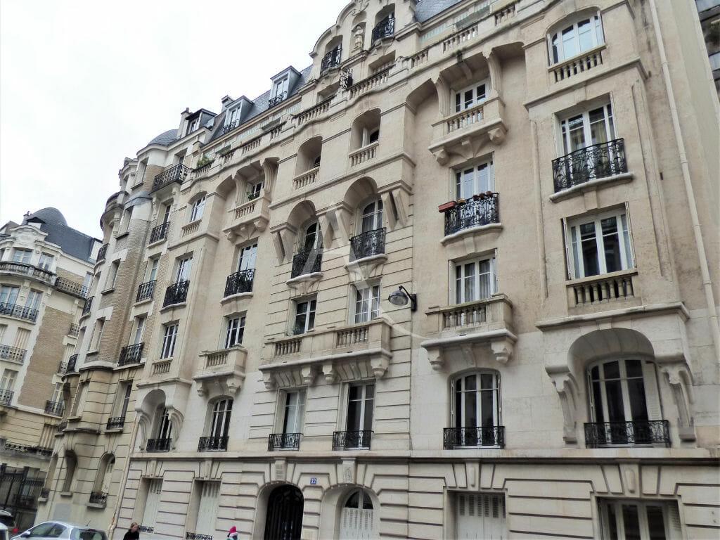 estimation de mon appartement: 22 m², très bel immeuble type haussmannien