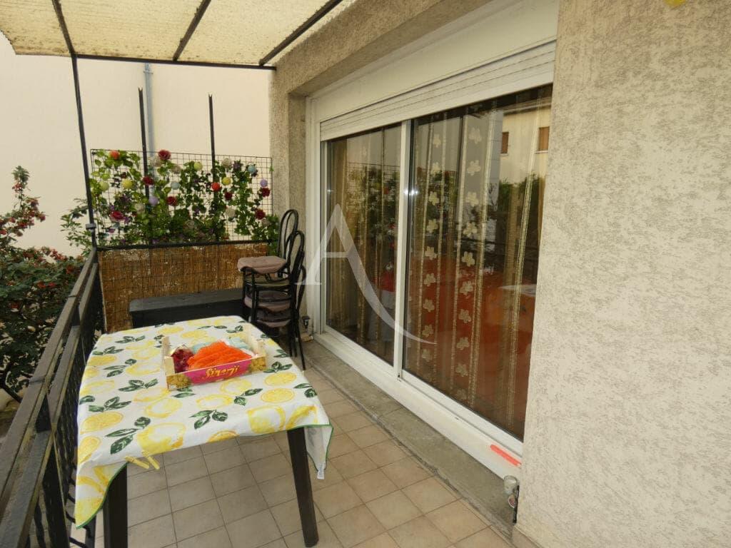 maison a vendre alfortville: maison 5 pièces 160 m², terrasse couverte à l'étage