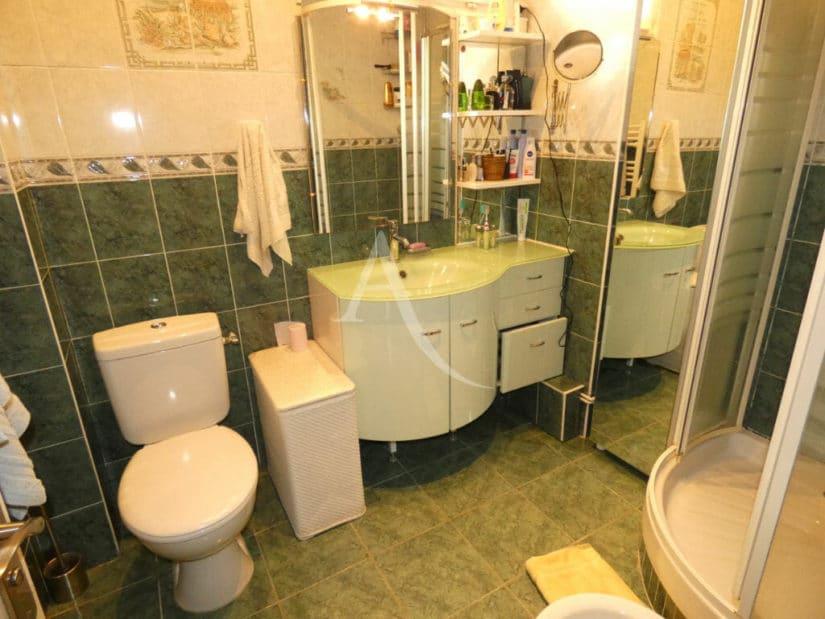 immobilier maison: 5 pièces 160 m² à vendre, 3 wc et une salle dd'eau
