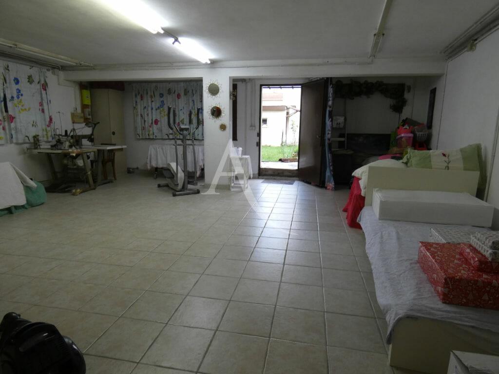 l adresse alfortville: maison 5 pièces 160 m², sous-sol total et des combles aménageables