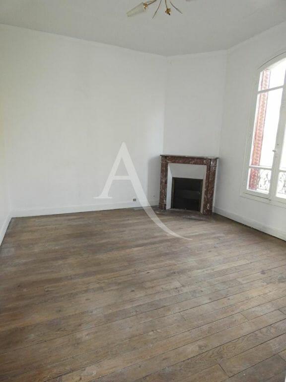 évaluer une maison gratuitement: 4 pièces 76 m², séjour avec cheminée