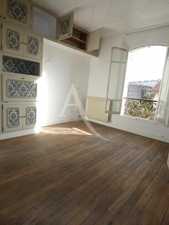 agence immobilière 94: 4 pièces 76 m², chambre à coucher avec parquet au sol