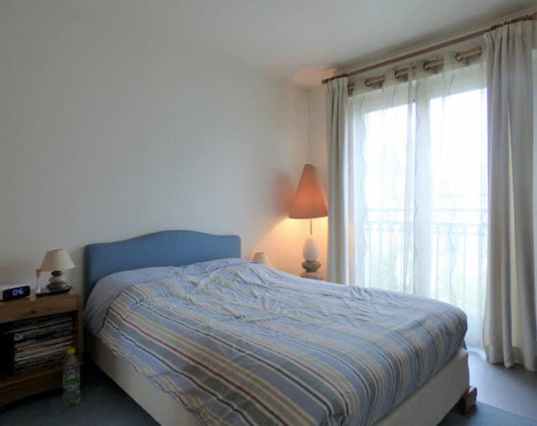 l adresse immobilier: 2 pièces 44 m², chambre à coucher lumineuse, saint maurice