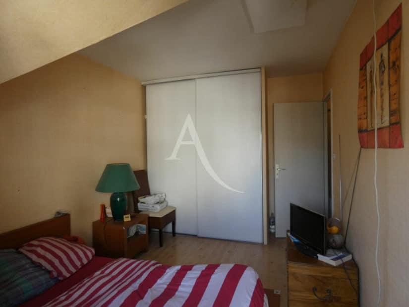 achat appartement alfortville: 3 pièces 55 m², chambre à coucher avec armoire encastrée