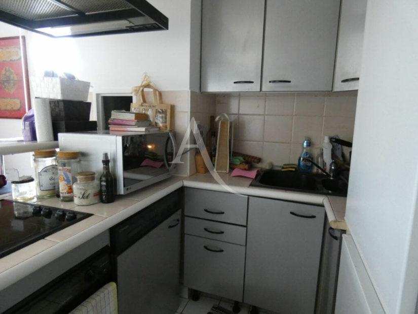 agence immo alfortville: 3 pièces 55 m², cuisine ouverte aménagée, nombreux rangements