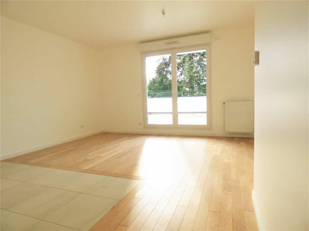 location vente appartement 94: 2 pièces 44 m², pièce à vivre lumineuse accès terrasse