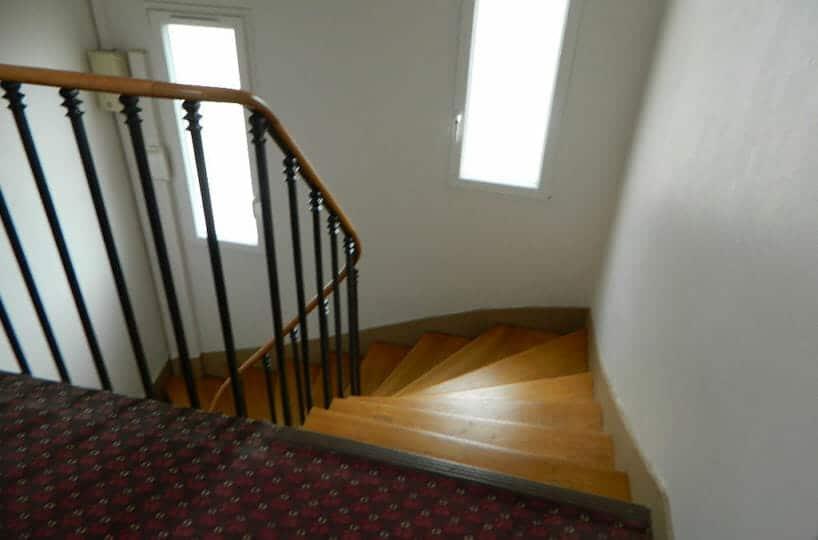 studio à vendre à maisons alfort: 16 m² au 7° étage dans immeuble bien entretenu