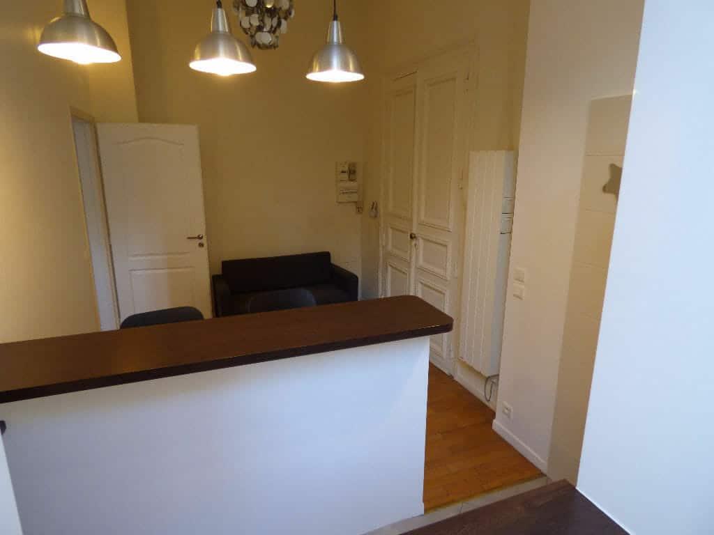 l'adresse charenton: 2 pièces 21 m², cuisine ouverte sur le séjour