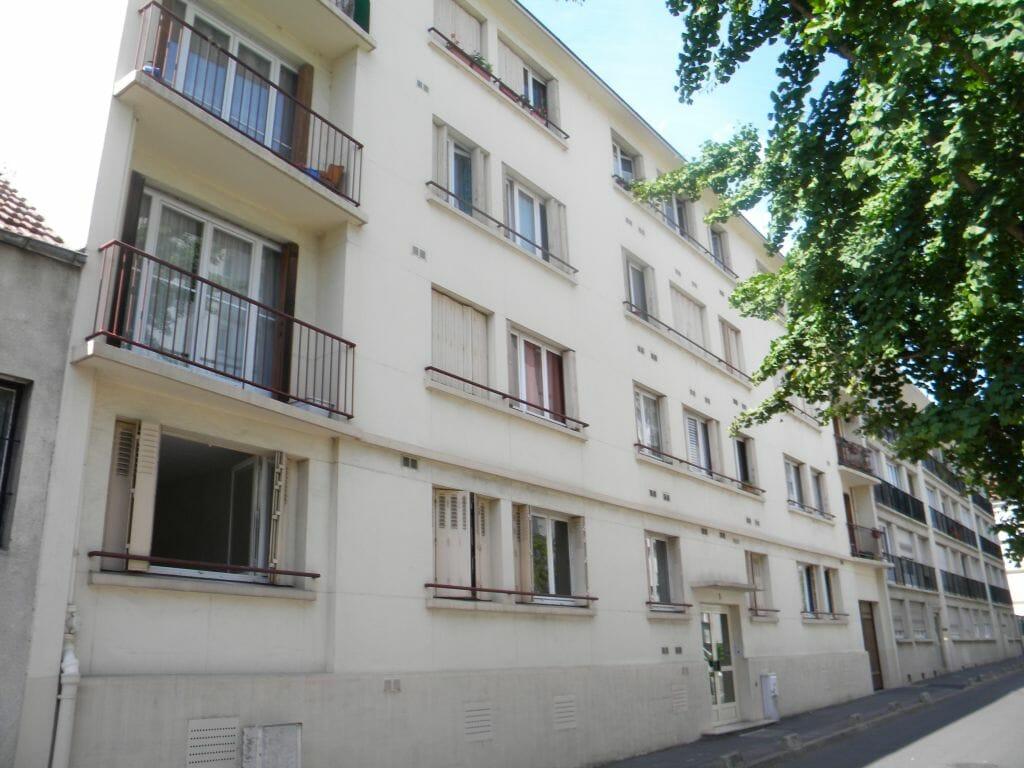 location appartement maisons alfort: 2 pièces 37 m², 2° étage / 4 avec ascenseur, interphone, digicode, centre ville