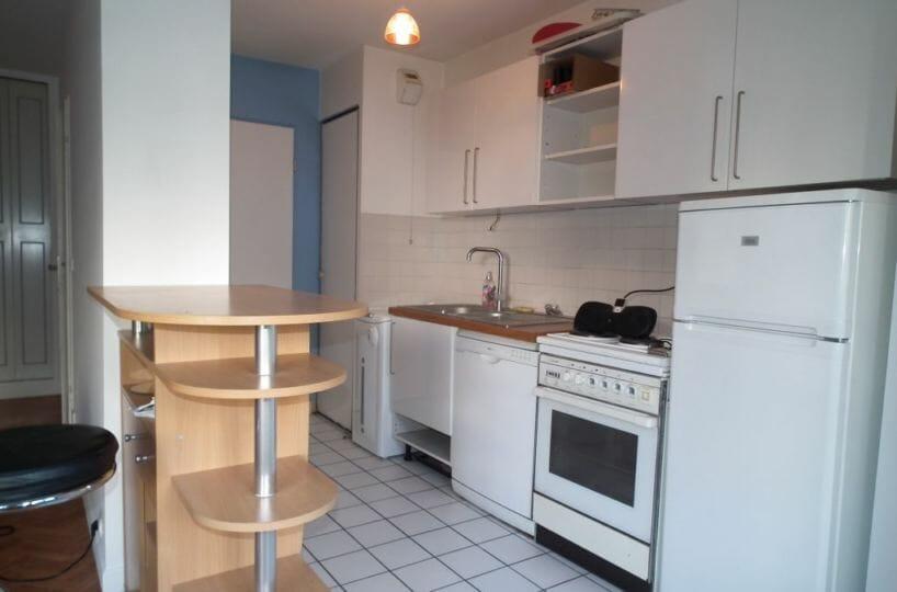 agence immobiliere charenton: studio 35 m², cuisine ouverte sur la pièce principale
