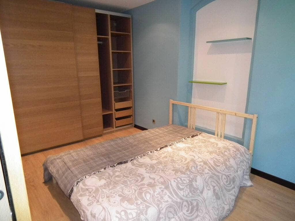 louer appartement à charenton-le-pont: 2 pièces, chambre: meubles en excellent état