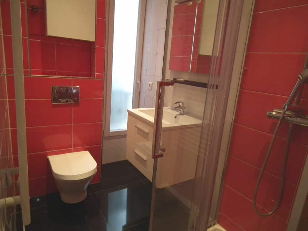 appartement location charenton: 2 pièces 36 m², salle d'eau avec douche et wc