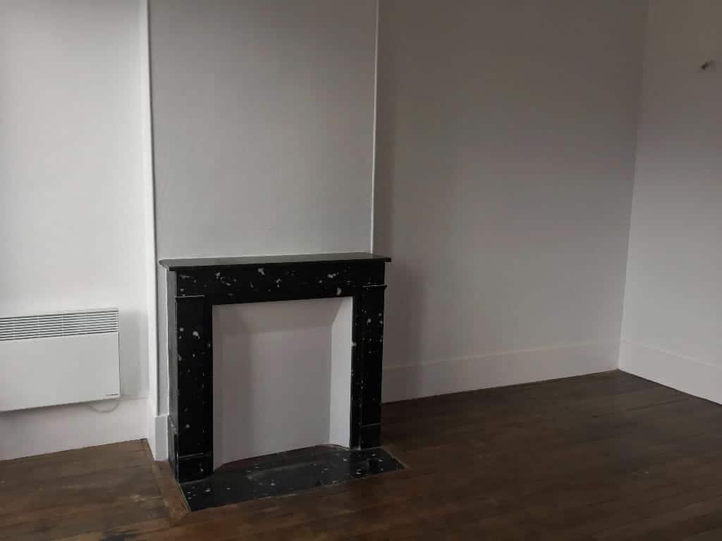 agence location immobiliere: appartement 2 pièces 50 m², séjour avec parquet au sol