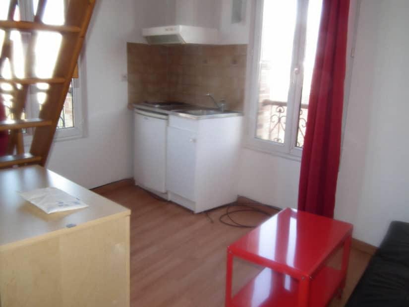 location appartement val de marne: studio 21 m² au sol, pièce de séjour et coin cuisine