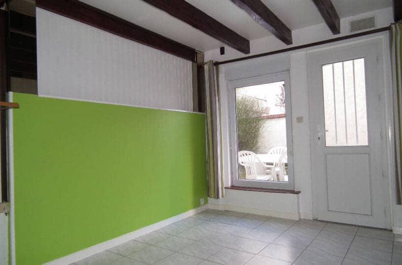 immobilier a louer: alfortville, appartement 2 pièces 31 m², entrée carrelée avec accès jardin