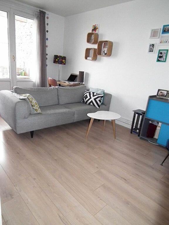 agence immo alfortville: appartement 3 pièces 55 m², séjour double exposition avec balcon