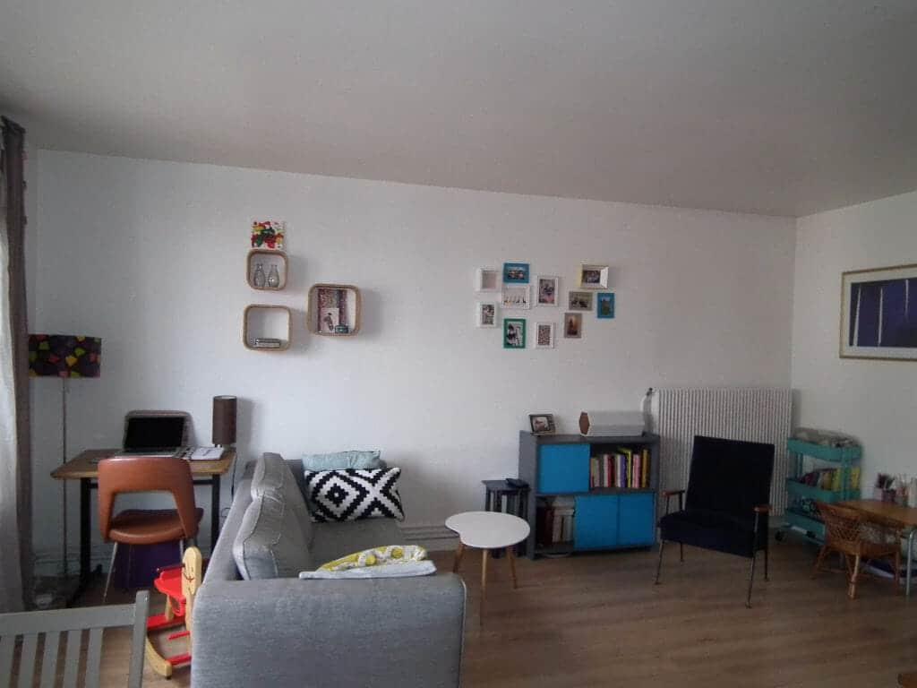 appartement a louer alfortville: 3 pièces 55 m², séjour avec balcon,sol imitation parquet