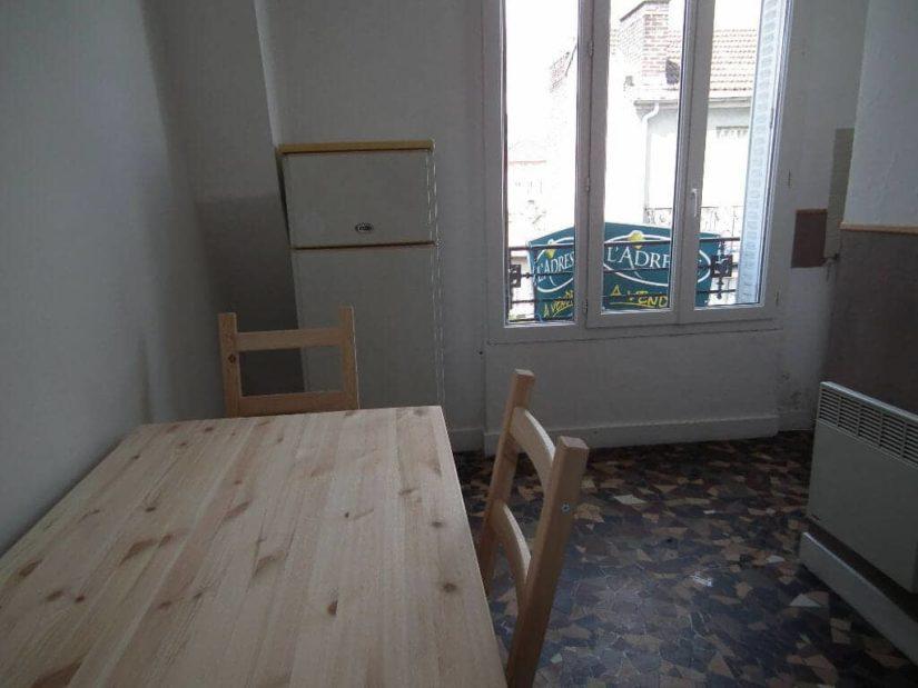 appartement a louer alfortville: studio 2 / pièces 24 m², coin cuisine aménagé