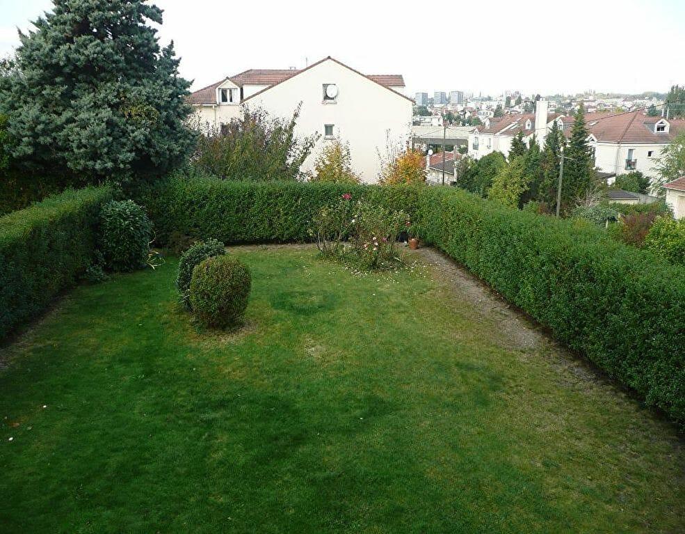 location appartement val de marne: studio 37 m² dans résidence récente et calme, vue sur jardin