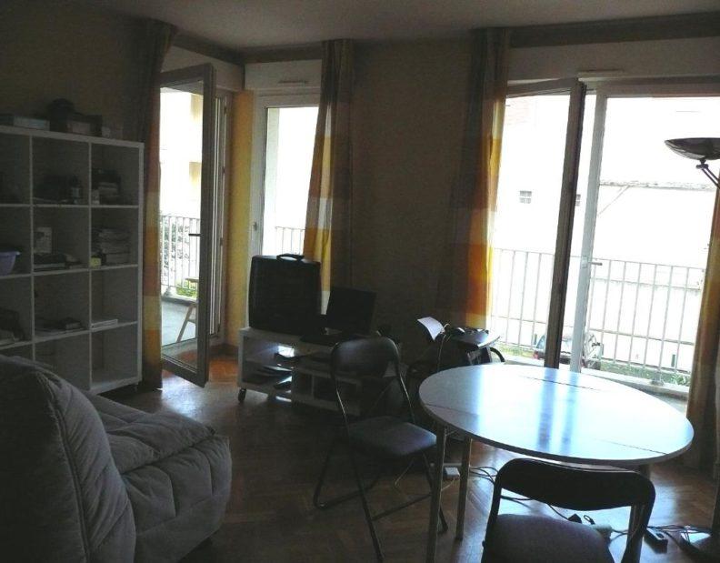 appartement à louer maisons alfort :  2 pièces 45 m², séjour avec parquet et terrasse