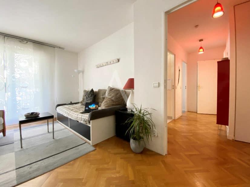 appartement à vendre à charenton: 2 pièces 52 m², entrée spacieuse et bien éclairée