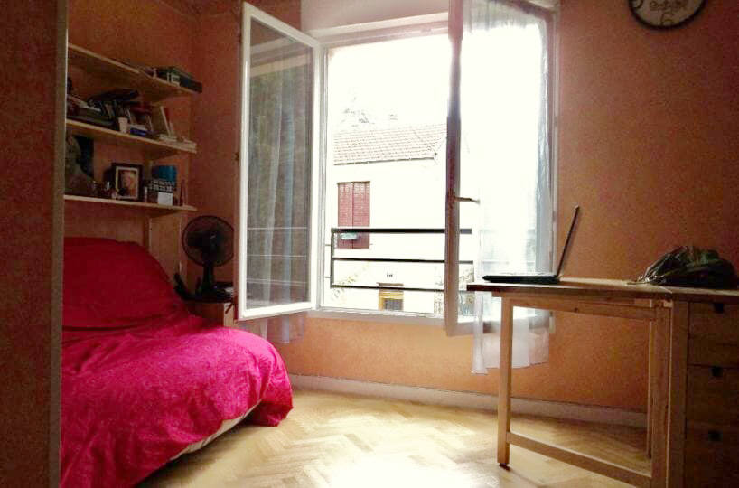 location appartement val de marne: studio 21 m² meublé, pièce principale avec coin kitchinette, résidence calme à thiais