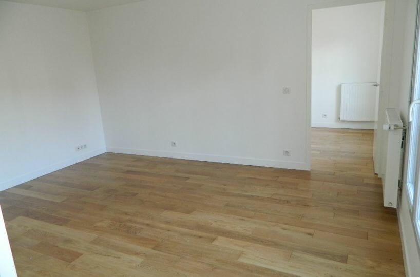 immobilier a louer: maisons-alfort, 2 pièces, 43 m², sejour avec placard, vue jardin