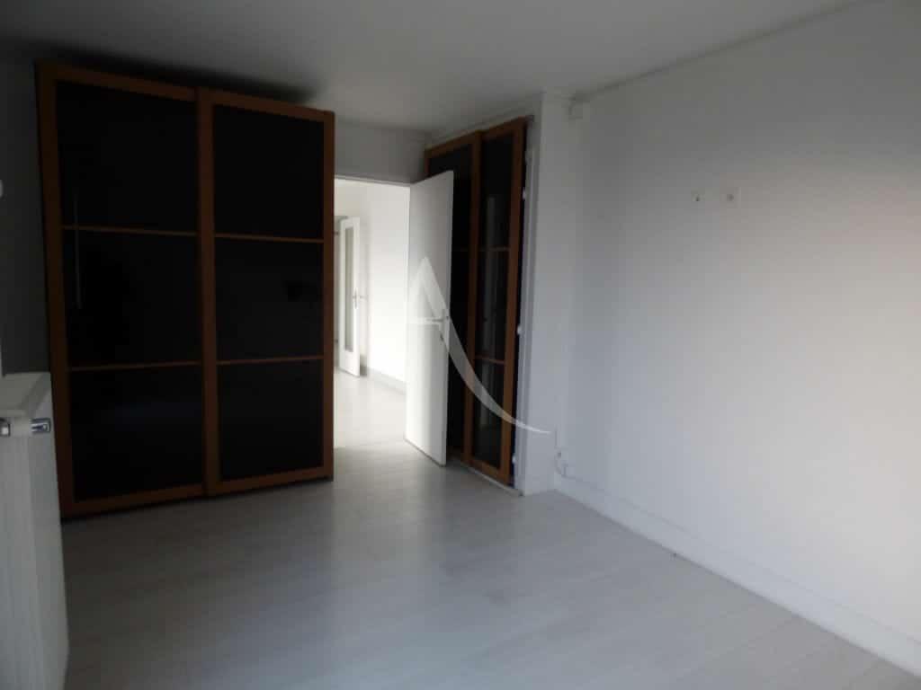 adresse valerie immobilier - appartement 3 p. 70.80 m² - annonce qv6afe3m - photo Im08