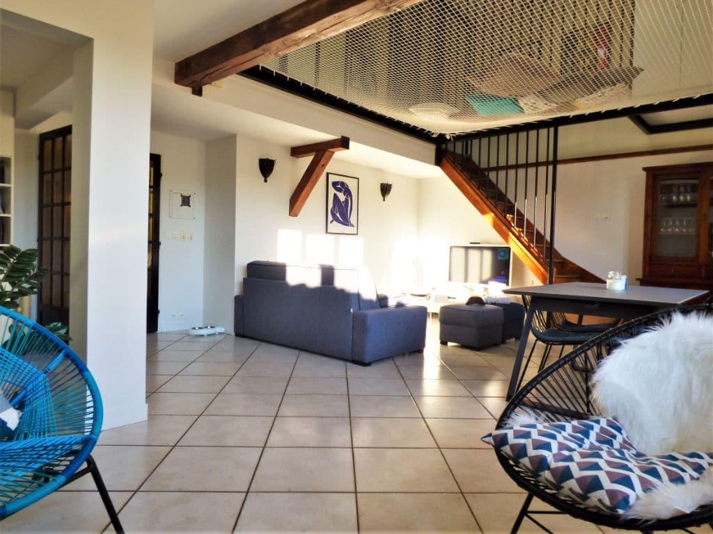 immobilier a maisons alfort: maison 5 pièces 102 m², vaste pièce à vivre prolongée vers le salon