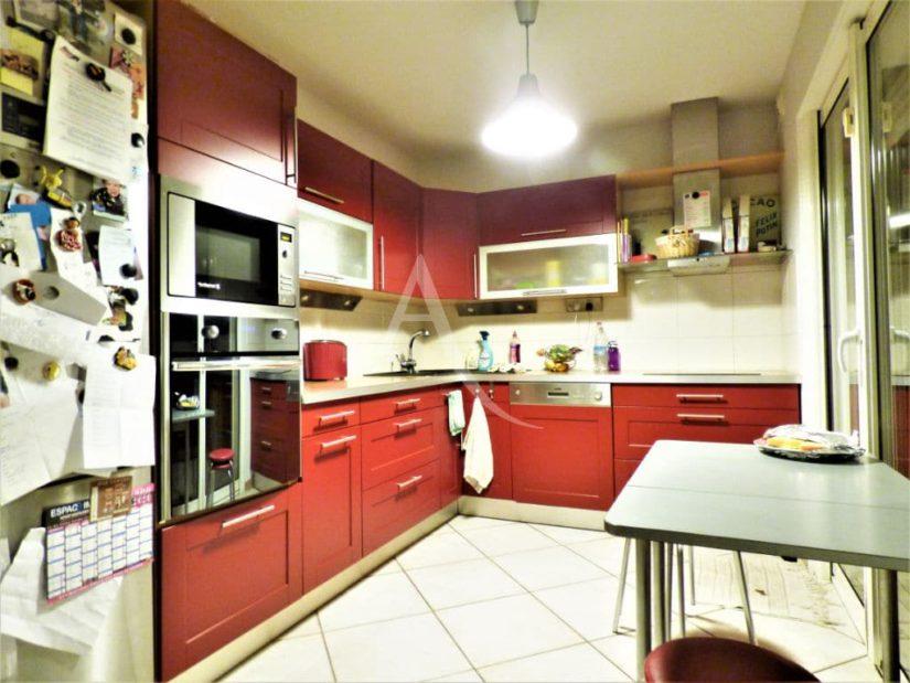 vente maison à maisons alfort: maison 5 pièces 102 m², cuisine semi ouverte vers le salon