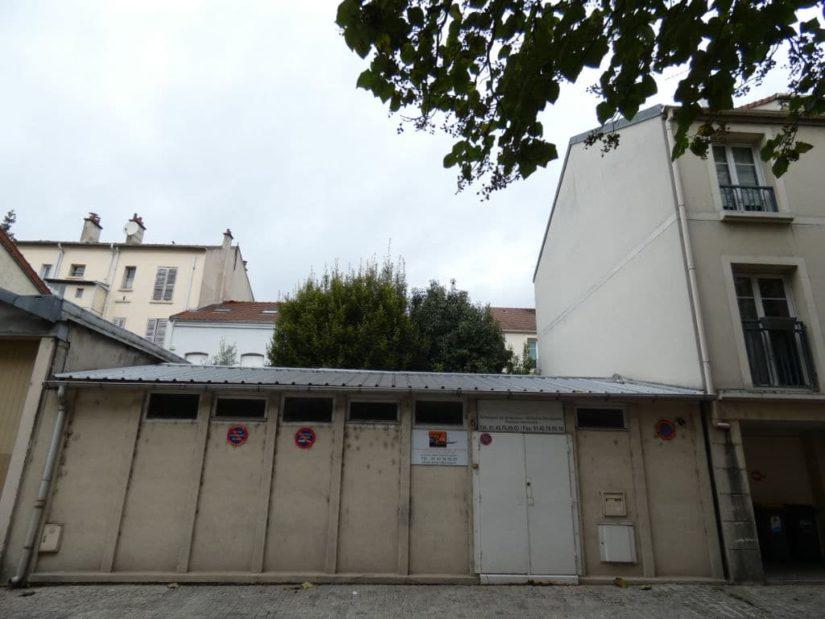 immo maisons alfort: local professionnel 60 m², grand bureau, sanitaires, terrasse