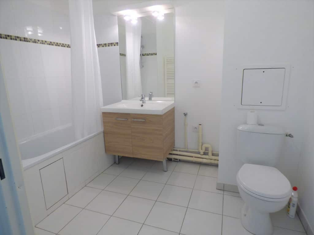 vente appartement maison alfort, 3 pièces 55 m² - sale d'eau avec cabine douche